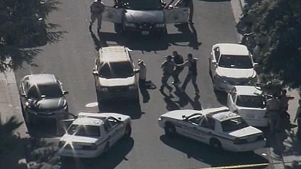 Murder suspect leads cops on East Bay chase