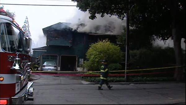 House fire in Palo Alto on University Avenue