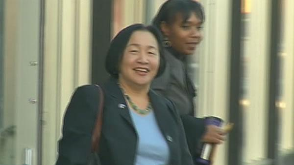 Oakland Mayor Jean Quan meets police department