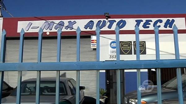 Customers struggle to retrieve cars from defunct auto shop
