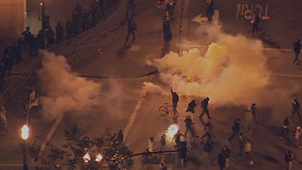 Tear gas used multiple times on Oakland protesters