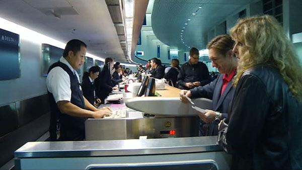 Higher prices don't deter Thanksgiving travelers