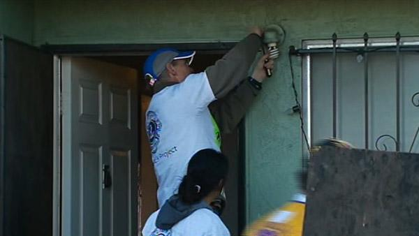 Volunteers help honor MLK with day of service