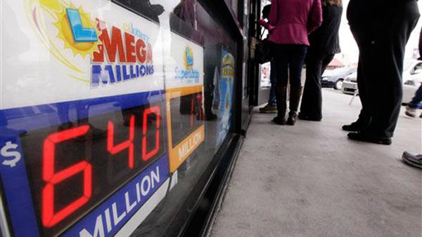 Mega Millions jackpot increases to $640 million