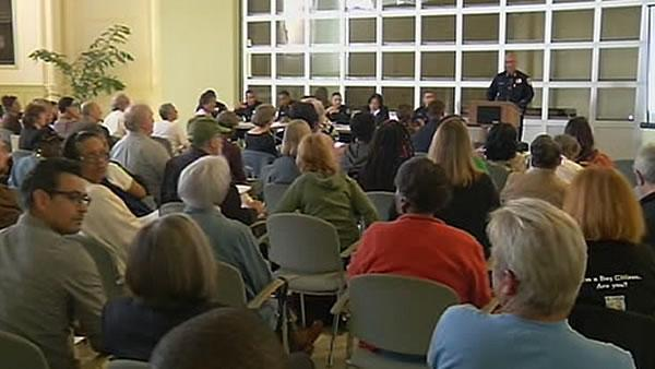 OPD meets with residents about crime rate