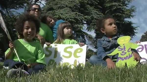 Oakland parents protest school closures