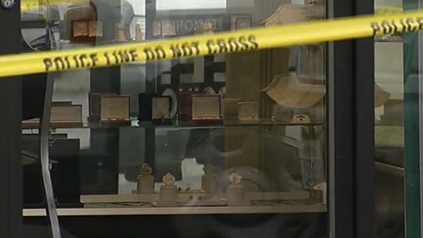 Jewelry store owners questioned about shooting