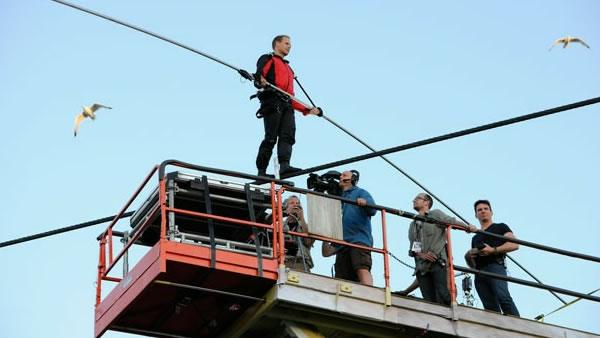 Daredevil prepares for Niagara Falls tightrope walk