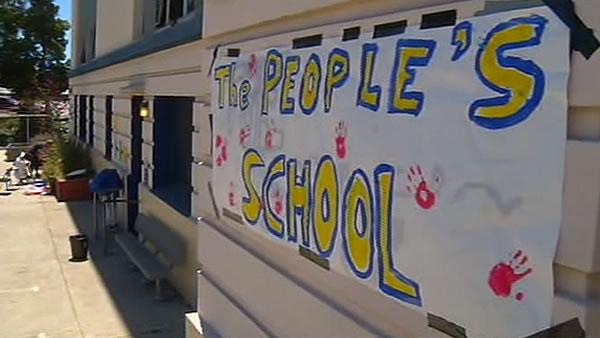 Rally held to keep Oakland schools open