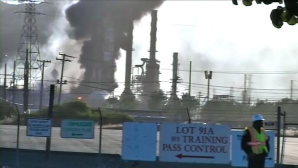 Chevron to open claims center after refinery fire
