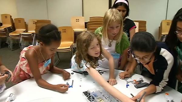 Summer camp uses Legos to get girls into engineering