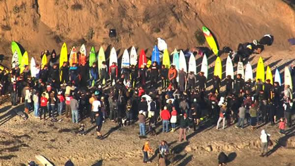 Mavericks surfing contest window opens