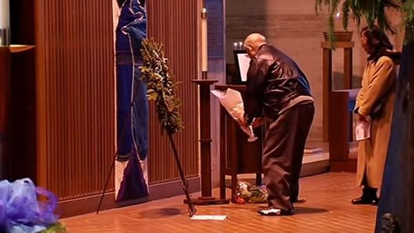 Moment of silence at SF church for Conn. victims
