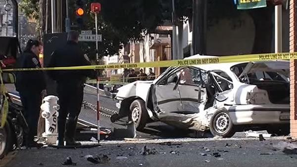 2 dead, 1 injured after SF Mission District accident