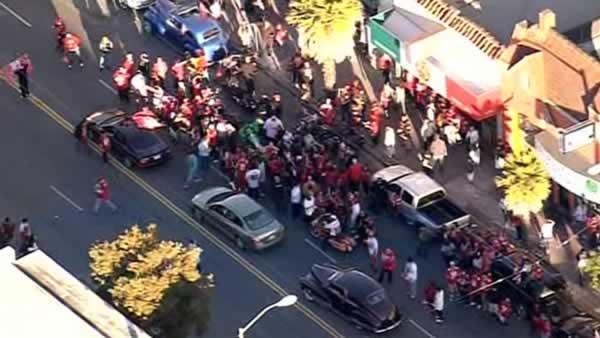 Jubilant 49er fans flood SF's Mission District after win