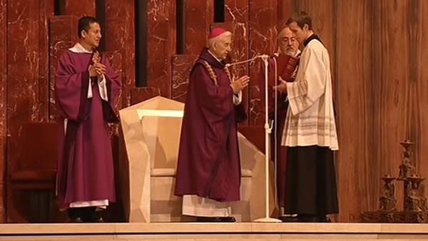 Special mass held in San Francisco for Benedict XVI