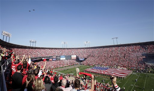 The national anthem is performed before an NFL divisional playoff football game between the San Francisco 49ers and the New Orleans Saints on Saturday, Jan. 14, 2012, in San Francisco. <span class=meta>(AP Photo&#47;Jeff Chiu)</span>