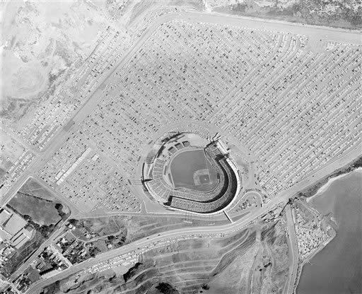 This is how the World Series game between the San Francisco Giants and the New York Yankees looked from the air, Oct. 4, 1962. A crowd estimated at 45,000 jammed the stadium. New York won, 6-2. <span class=meta>(AP Photo&#47;Vargas)</span>