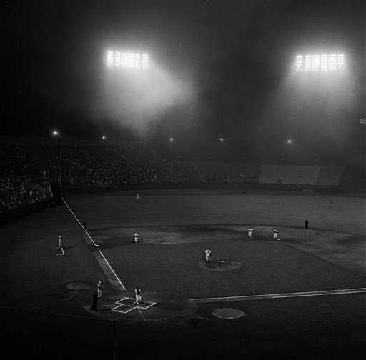 A low wet fog swirled across the field at Candlestick Park in San Francisco as the Cincinnati Reds and San Francisco Giants opened a three-game series, Aug. 31, 1962. The Giants won over the Reds with a 10-2 victory. <span class=meta>(AP Photo)</span>