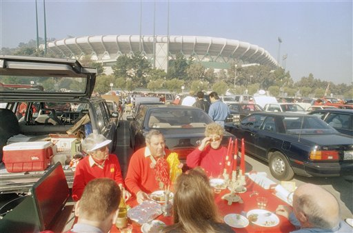 San Francisco 49ers fans take advantage of the 70-plus degree temperatures outside Candlestick Park in San Francisco, Saturday, Jan. 15, 1993 to partake in sit down fender party prior to the 49ers&#39; NFC divisional playoff against the New Giants.  <span class=meta>(AP Photo&#47;Joe Pugliese)</span>