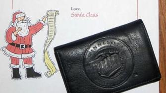 Man sends lost wallet back to little boy with letter from Santa