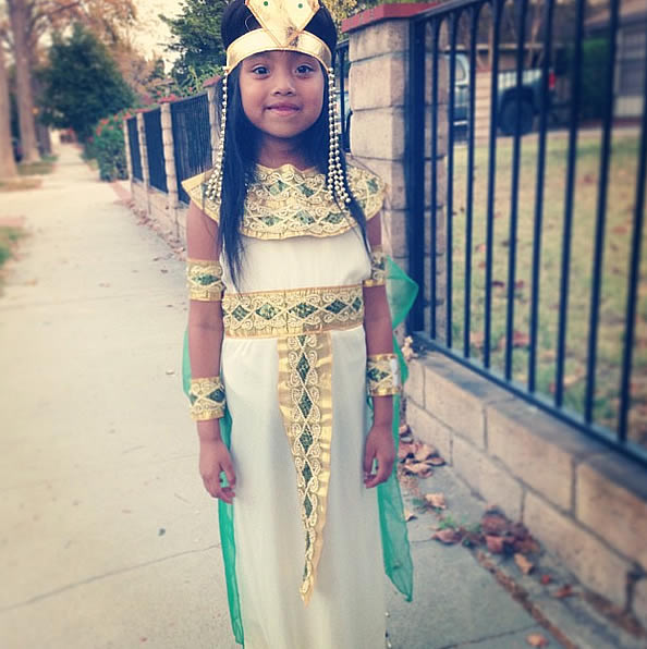 """Cleopatra ready for trunk or treat at school."" (Submitted by @hcburns2005 via Instagram)"