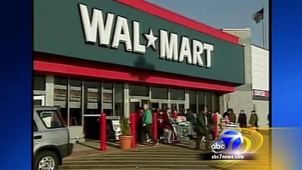 Walmart announces price cuts for holidays