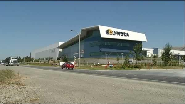 Solyndra goes bankrupt, sheds 1,100 jobs