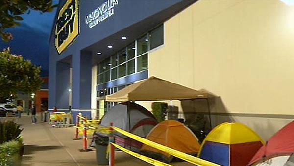 Shoppers camping out for Black Friday deals