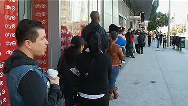 Hundreds turn out for Target job fair