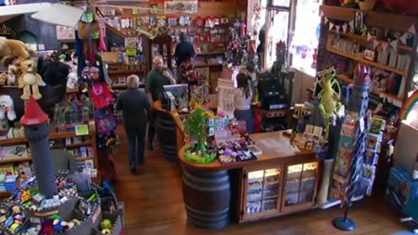 Shoppers participate in Small Business Saturday