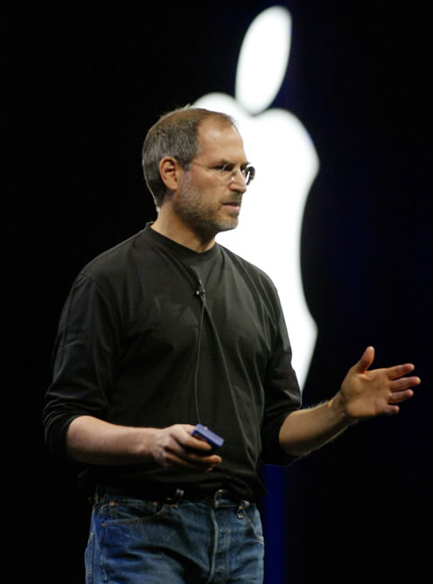 Apple CEO Steve Jobs introduces the new Mac OS Panther at the Apple Worldwide Developers Conference in San Francisco Monday, June 23, 2003. Jobs also introduced the new G5 computer made in collaboration with IBM. <span class=meta>(AP Photo&#47;Susan Ragan)</span>