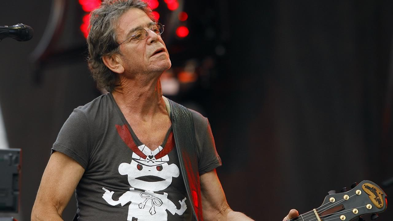 In this Sunday, Aug. 9, 2009 file photo, Lou Reed performs at the Lollapalooza music festival, in Chicago.