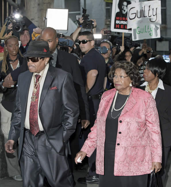 Michael Jackson&#39;s parents Joe and Katherine Jackson arrive at the Criminal Justice Center in downtown Los Angeles Monday, Nov. 7, 2011 after it was announced that jurors had reached a verdict in the involuntary manslaughter trial of Dr. Conrad Murray, Michael Jackson&#39;s physician when the pop star died in 2009. <span class=meta>(AP Photo&#47;Nick Ut)</span>