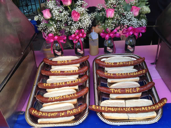 Here&#39;s a behind the scenes look at the preparations for the 84th Academy Awards!  Pink&#39;s Hot Dogs of Hollywood <span class=meta>(Rosendo Pena&#47;KGO)</span>