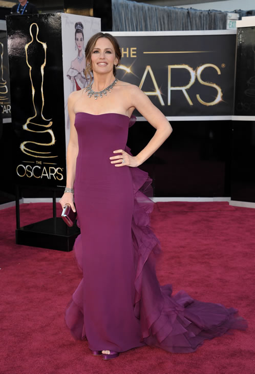 "<div class=""meta ""><span class=""caption-text "">Actress Jennifer Garner arrives at the Oscars at the Dolby Theatre on Sunday Feb. 24, 2013, in Los Angeles. (Photo by John Shearer/Invision/AP)</span></div>"