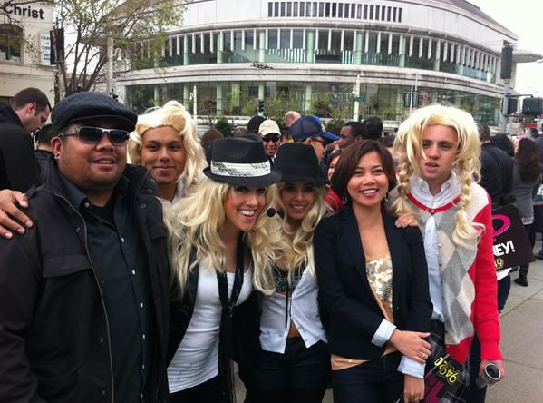 Fans waiting for Britney Spears' free GMA concert in San Francisco sent in their photos. (Photo submitted via uReport)
