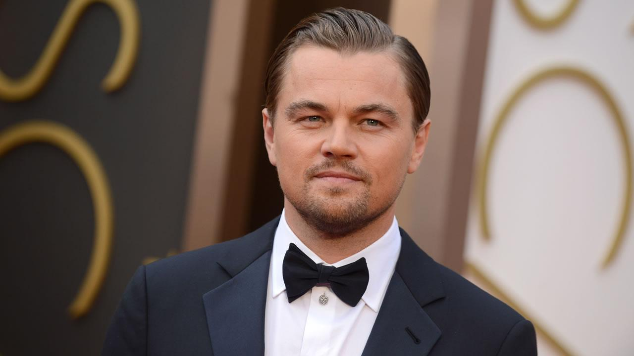 Leonardo DiCaprio arrives at the Oscars.