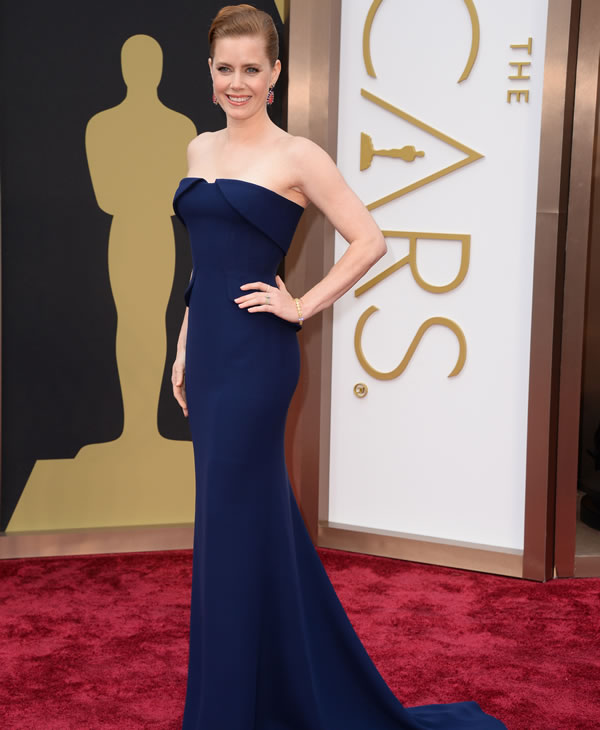 Amy Adams arrives at the Oscars.