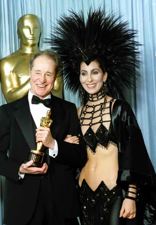 Worst #4: Cher in Bob Mackie at the 1986 Academy Awards. <span class=meta>(AP Photo)</span>
