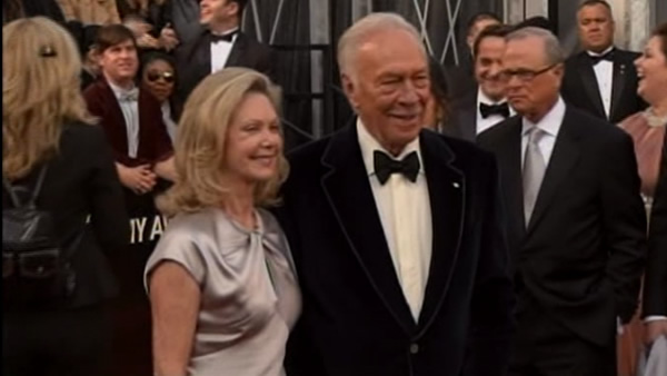 Christopher Plummer on the red carpet of the 84th Academy Awards!