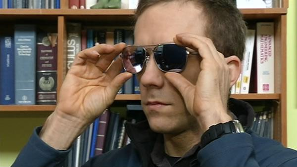Sunglasses provide fix for color blindness