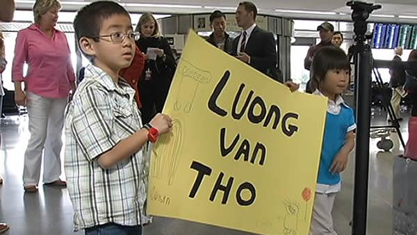 Special reunion at SFO shows need for marrow donors