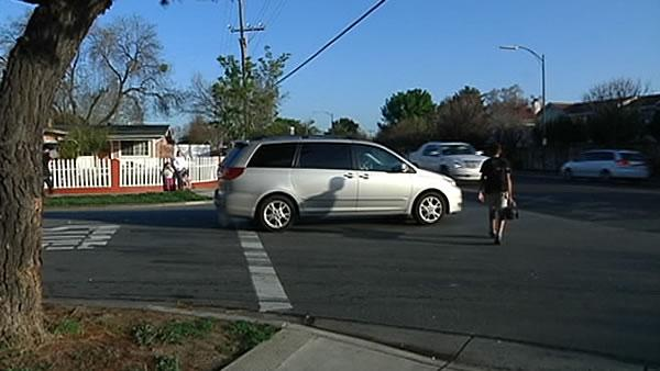 uFixIt: San Jose intersection dangerous for kids