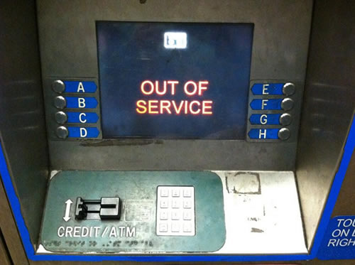 BART ticket machine still reads out of service, but hopefully not for much longer. Trains should run by 3pm on July 5th, 2013.  (Photo submitted by @HeatherIshimaru via Twitter)