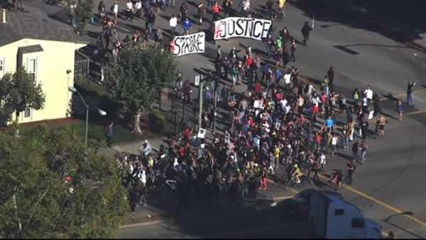 A large crowd marched through Oakland on Sunday in support of Trayvon Martin.