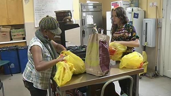 Program aims to teach parents to cook healthy foods