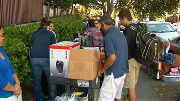 Emotions run high as students move in at Cal