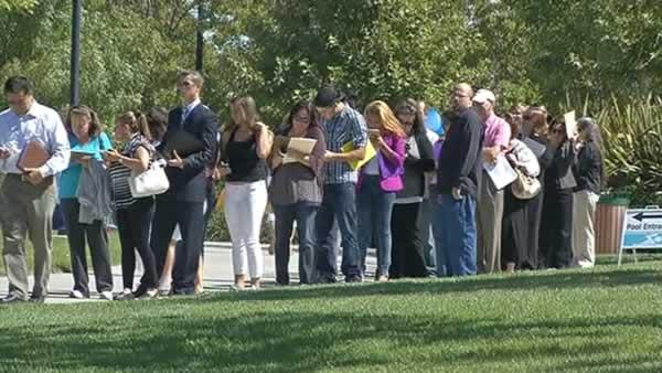 Thousands turn out for Livermore outlets job fair