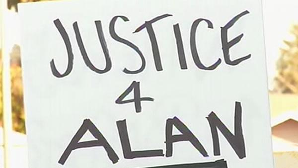Rally held for Blueford at Alameda Co. Courthouse